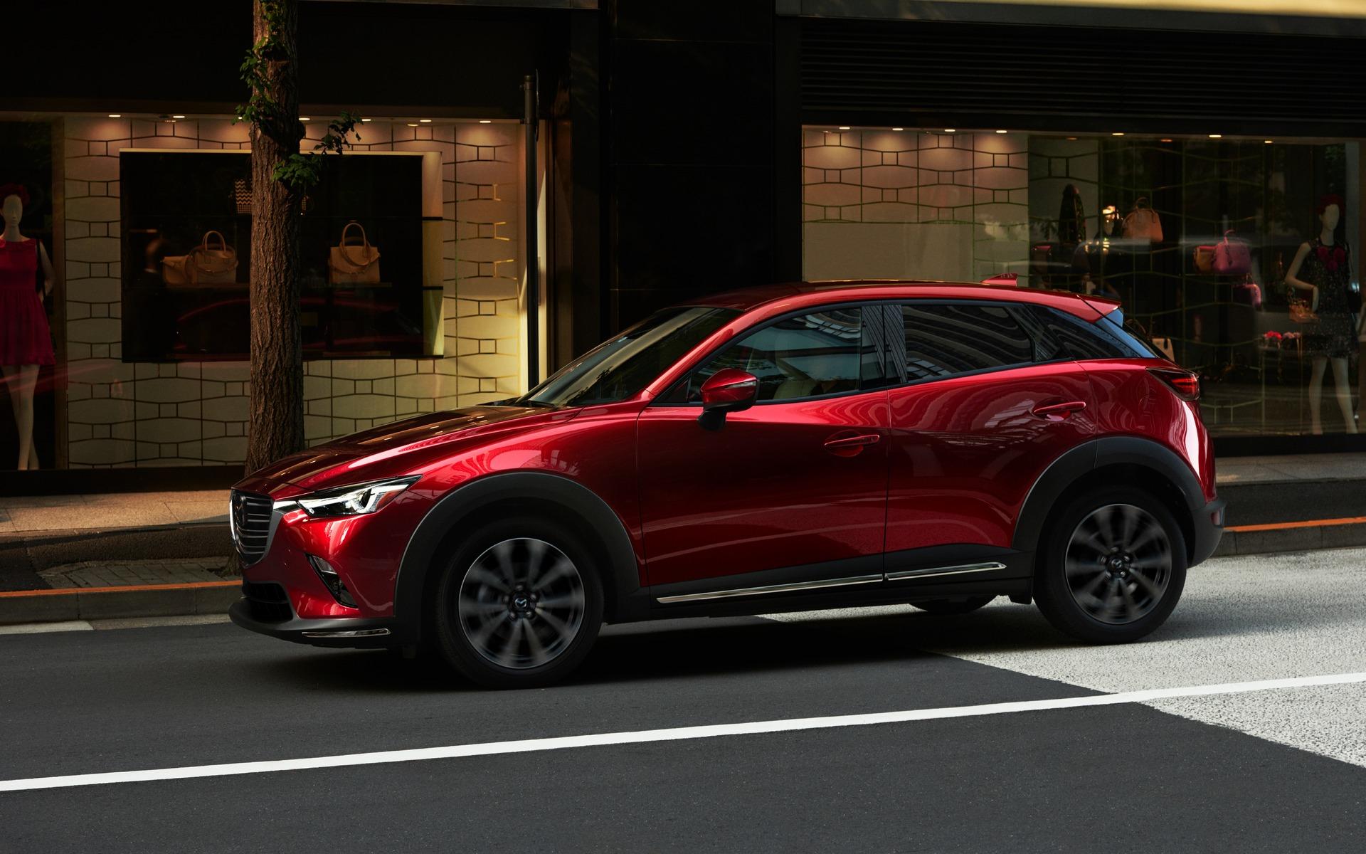 Mazda CX-32019, de profil
