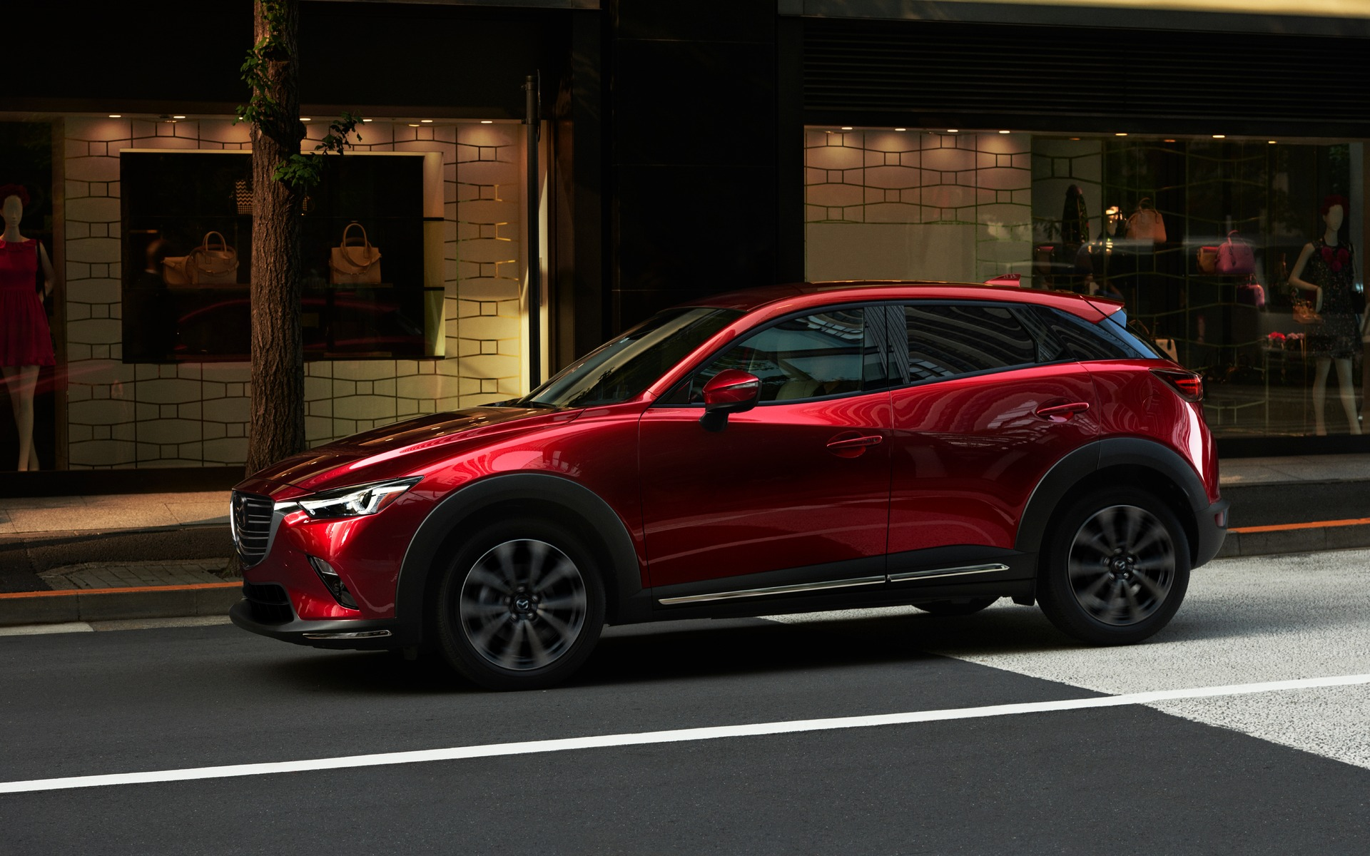 2019 Mazda CX-3 left-side view