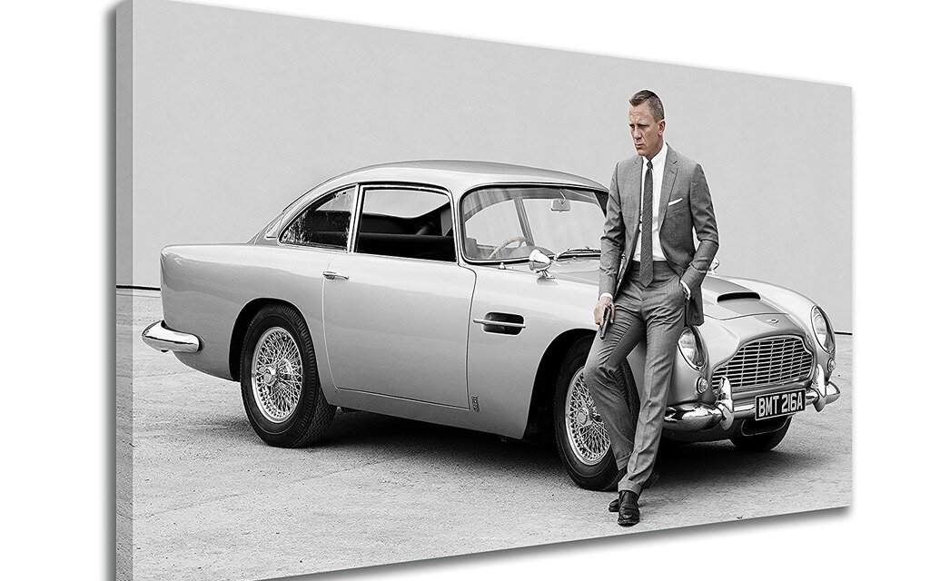 l aston martin db5 de james bond mise aux ench res pour. Black Bedroom Furniture Sets. Home Design Ideas