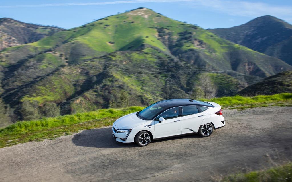 <p>Honda Clarity Fuel Cell, soeur de la Clarity hybride branchable</p>