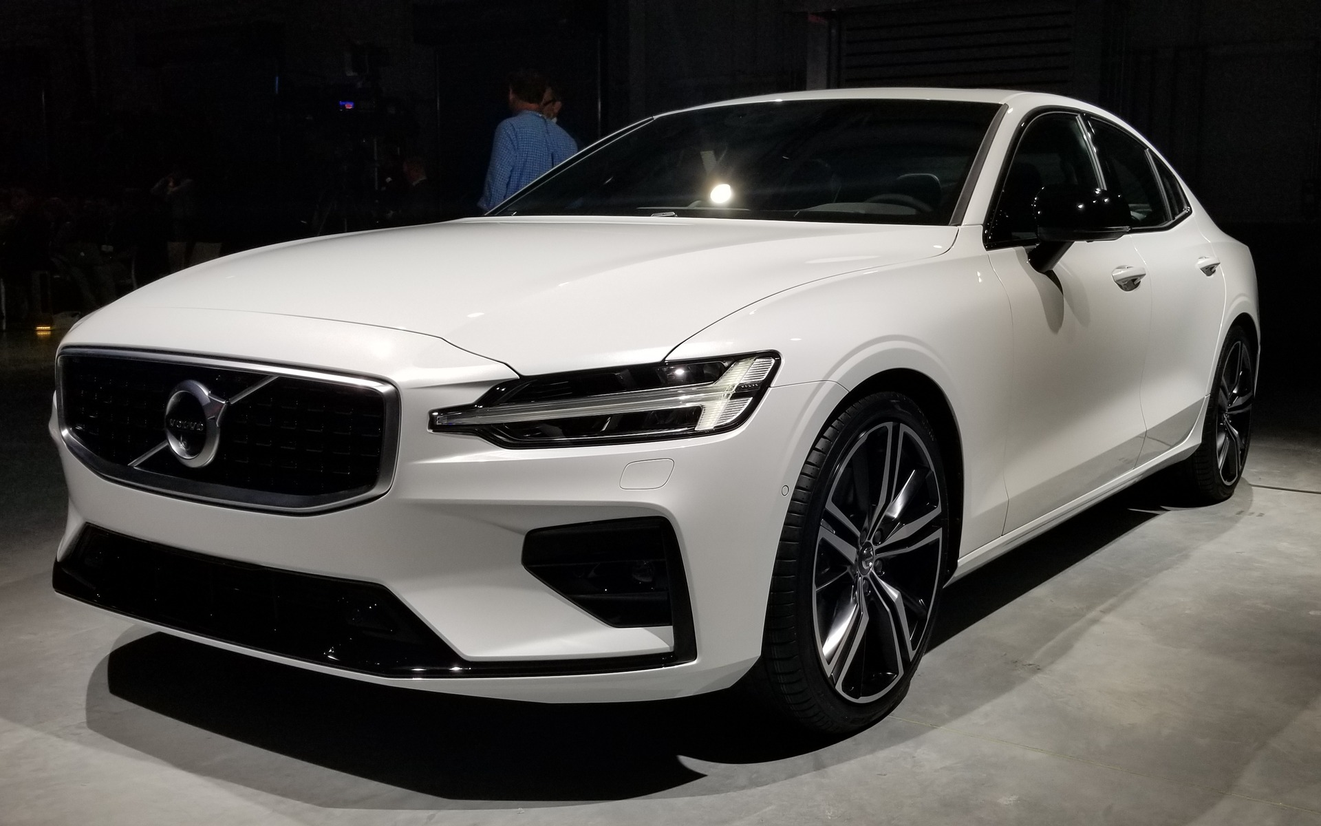 Volvo Unveils All-New, US-Built 2019 S60 - The Car Guide