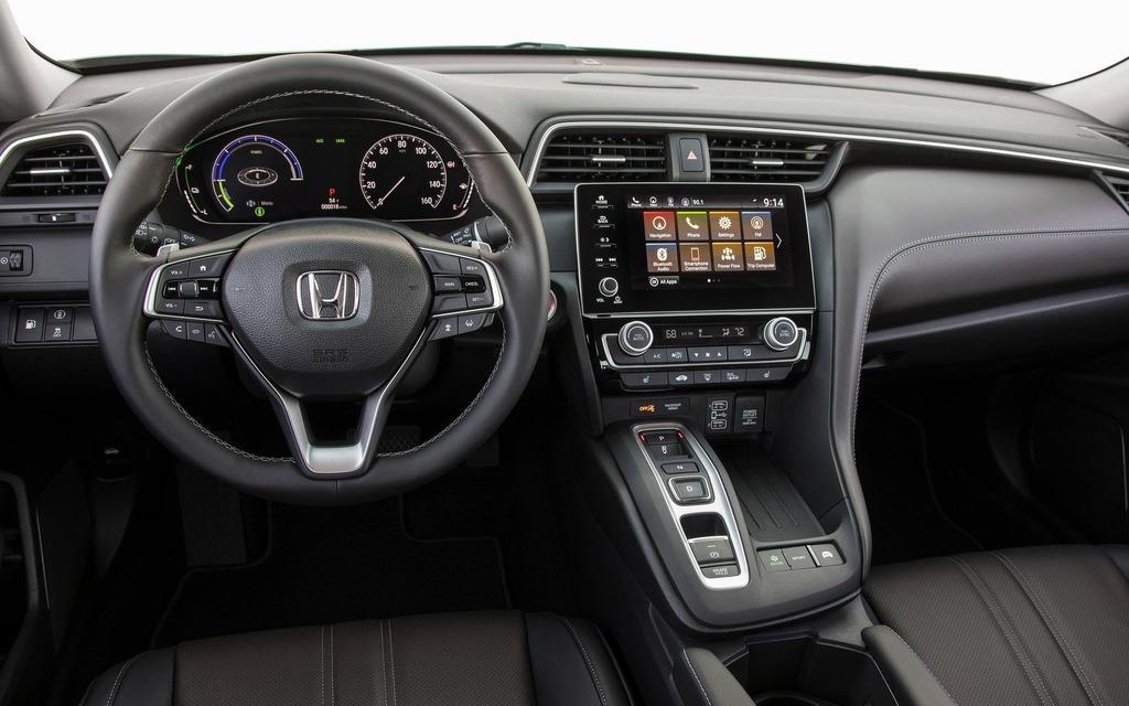 <p>Intérieur de la Honda Insight 2019</p>