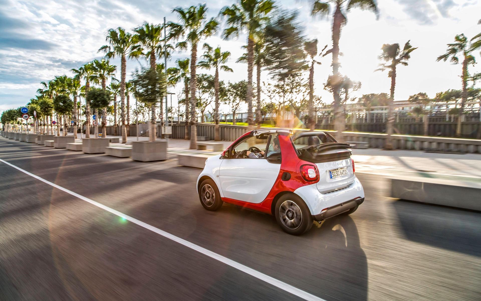 <p>smart fortwo cabrio 2016</p>