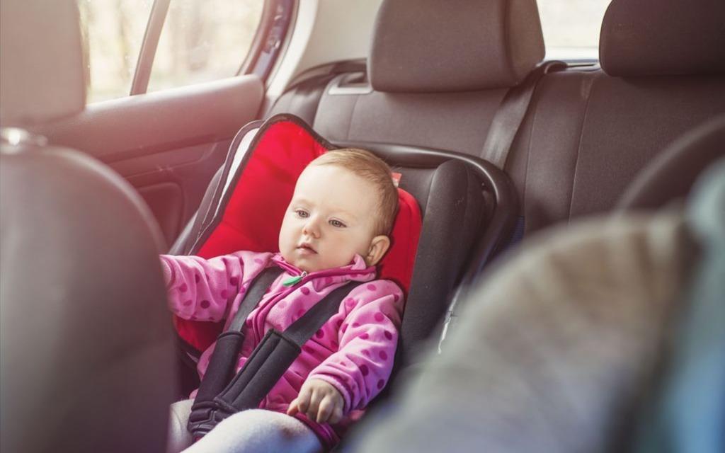 bébé mort de chaleur en voiture : comment prévenir? - guide auto