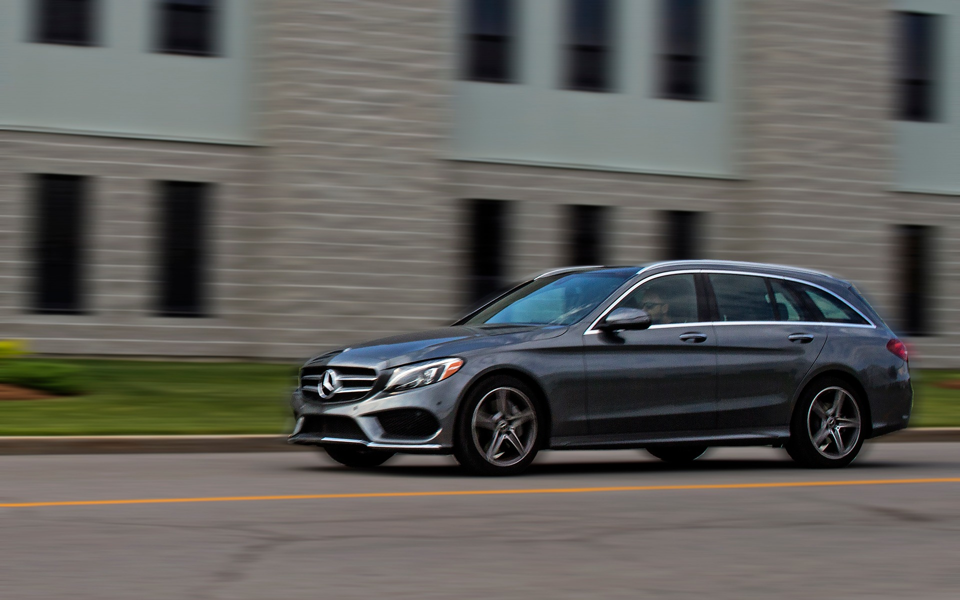 2018 Mercedes-Benz C 300 Wagon: Canada's Little Darling