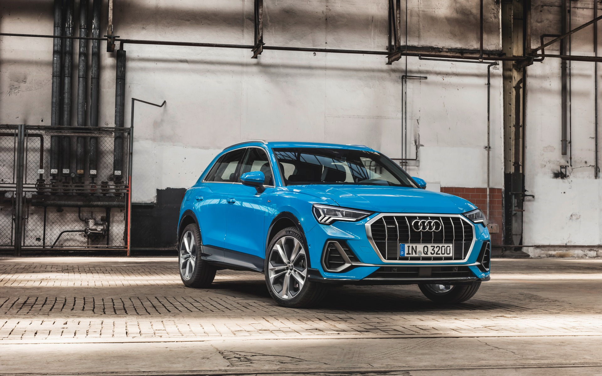 2019 Audi Q3 with new Singleframe grille