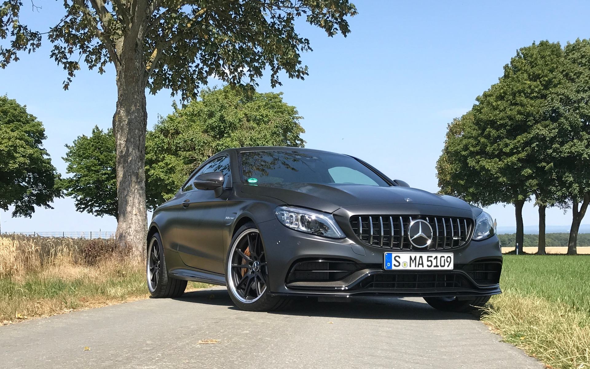 2019 mercedes amg c 63 the new benchmark the car guide. Black Bedroom Furniture Sets. Home Design Ideas