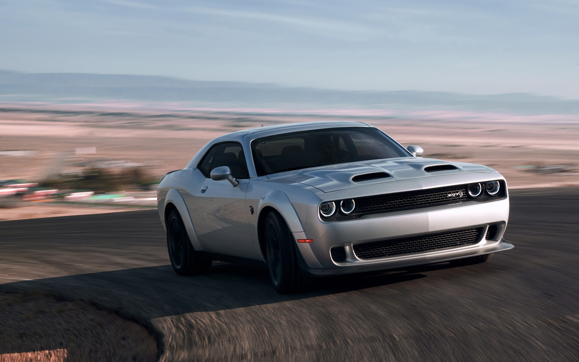 2019 Dodge Challenger Srt Hellcat Redeye We Re Driving It On A Racetrack This Week The Car Guide