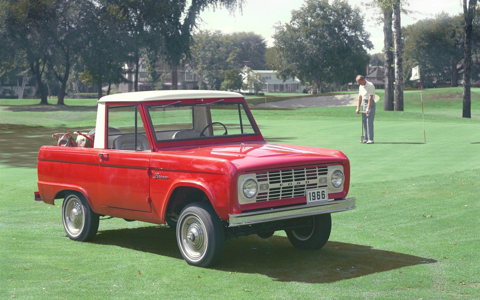 <p>Ford Bronco 1966</p>