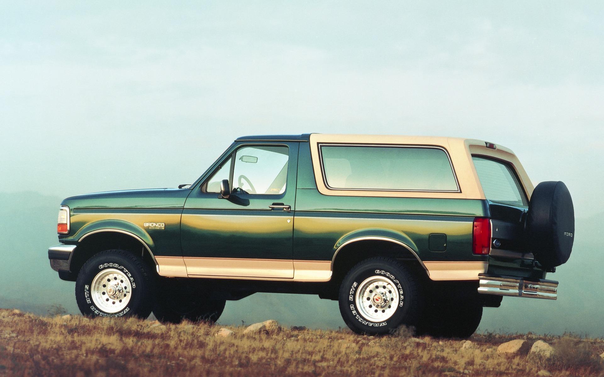 <p>Ford Bronco Eddie Bauer 1993</p>