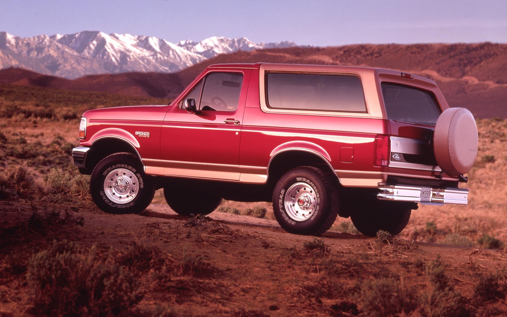 <p>Ford Bronco Eddie Bauer 1994</p>