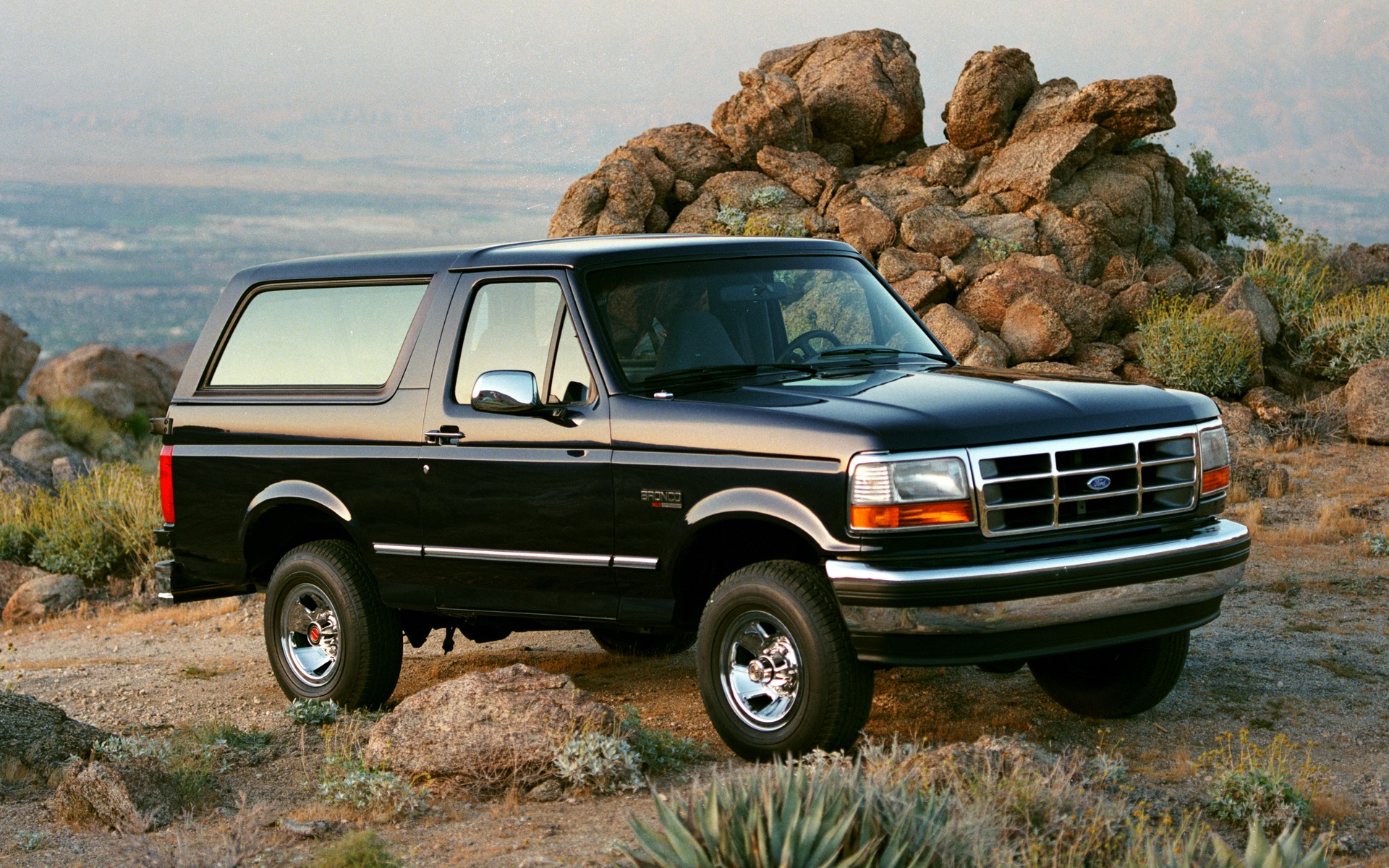 <p>Ford Bronco XLT 1994</p>