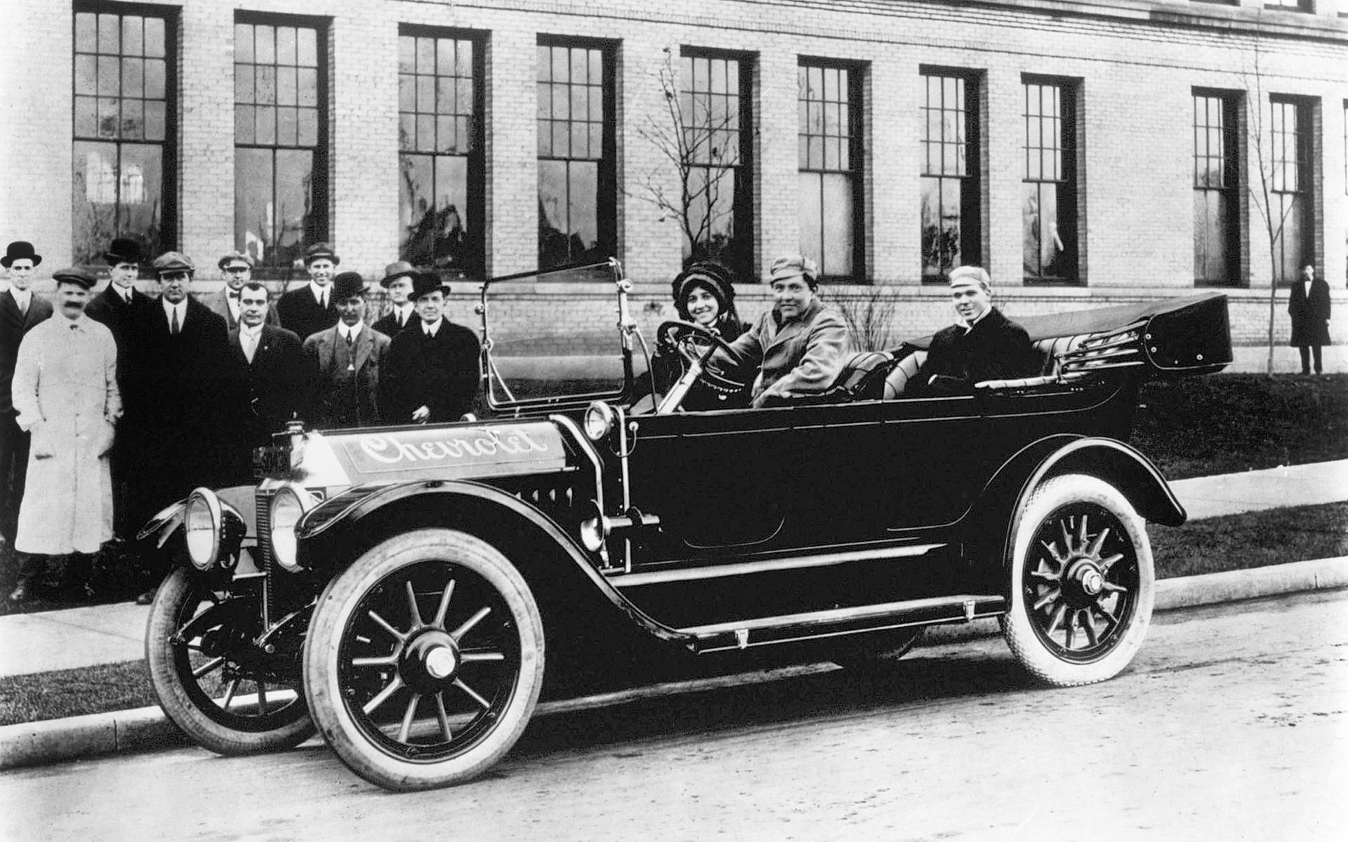 La première d'une longue lignée, la Classic Six 1914