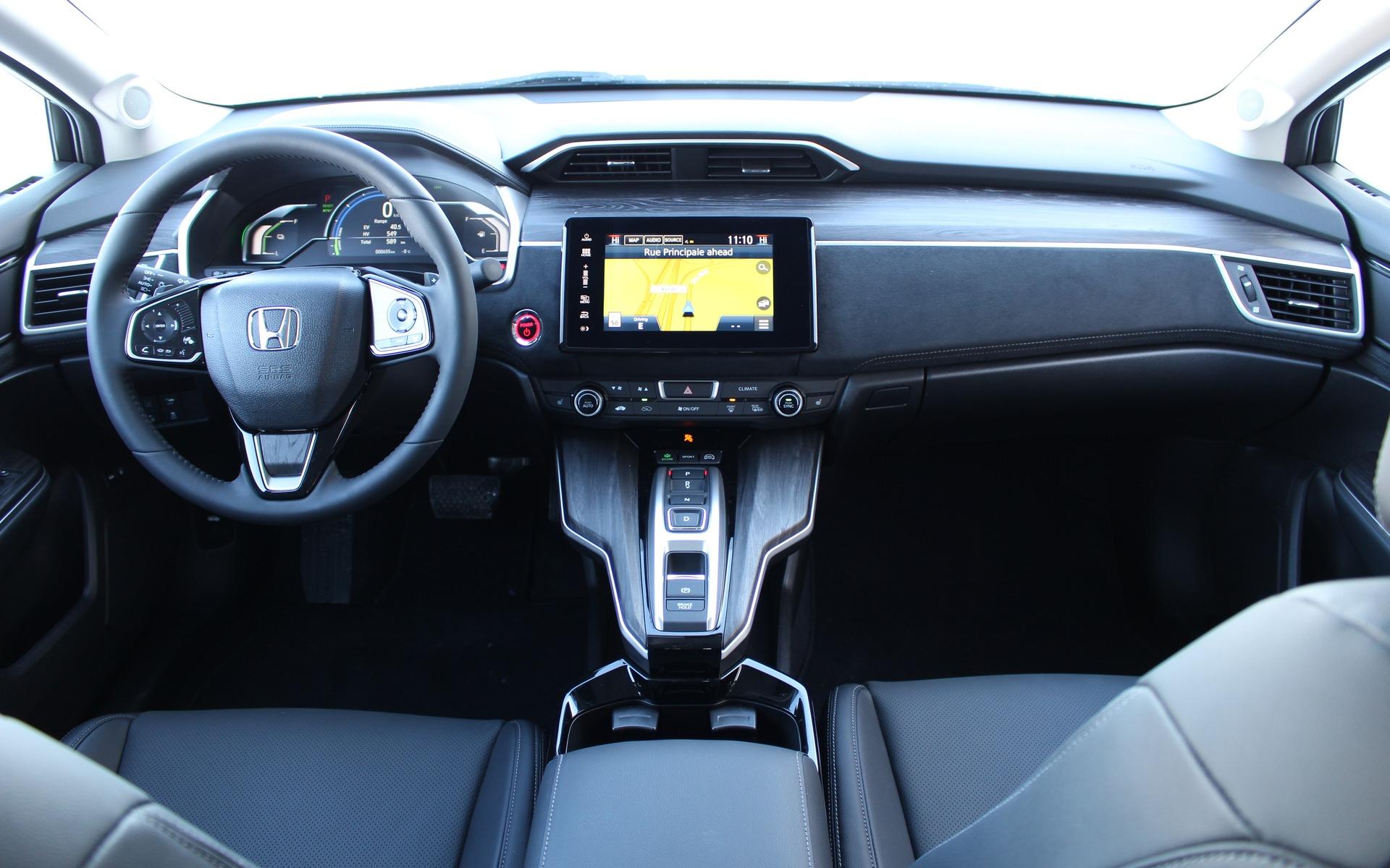 honda clarity hybride rechargeable 2018 fantastique tous points de vue sauf un guide auto. Black Bedroom Furniture Sets. Home Design Ideas