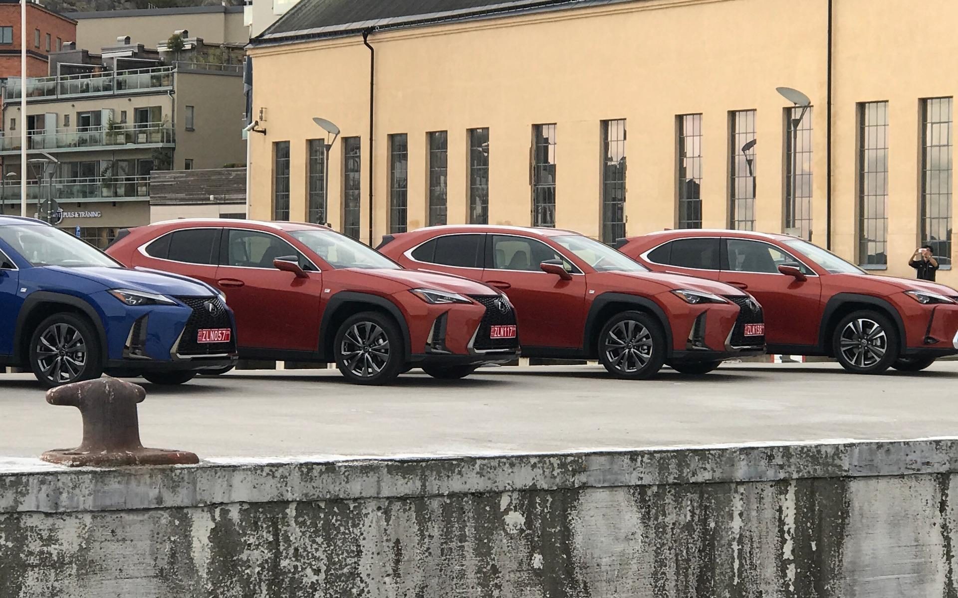 Lexus UX 2019 : tout ce qu'il faut savoir si ce modèle vous intéresse 346999_2019_Lexus_UX