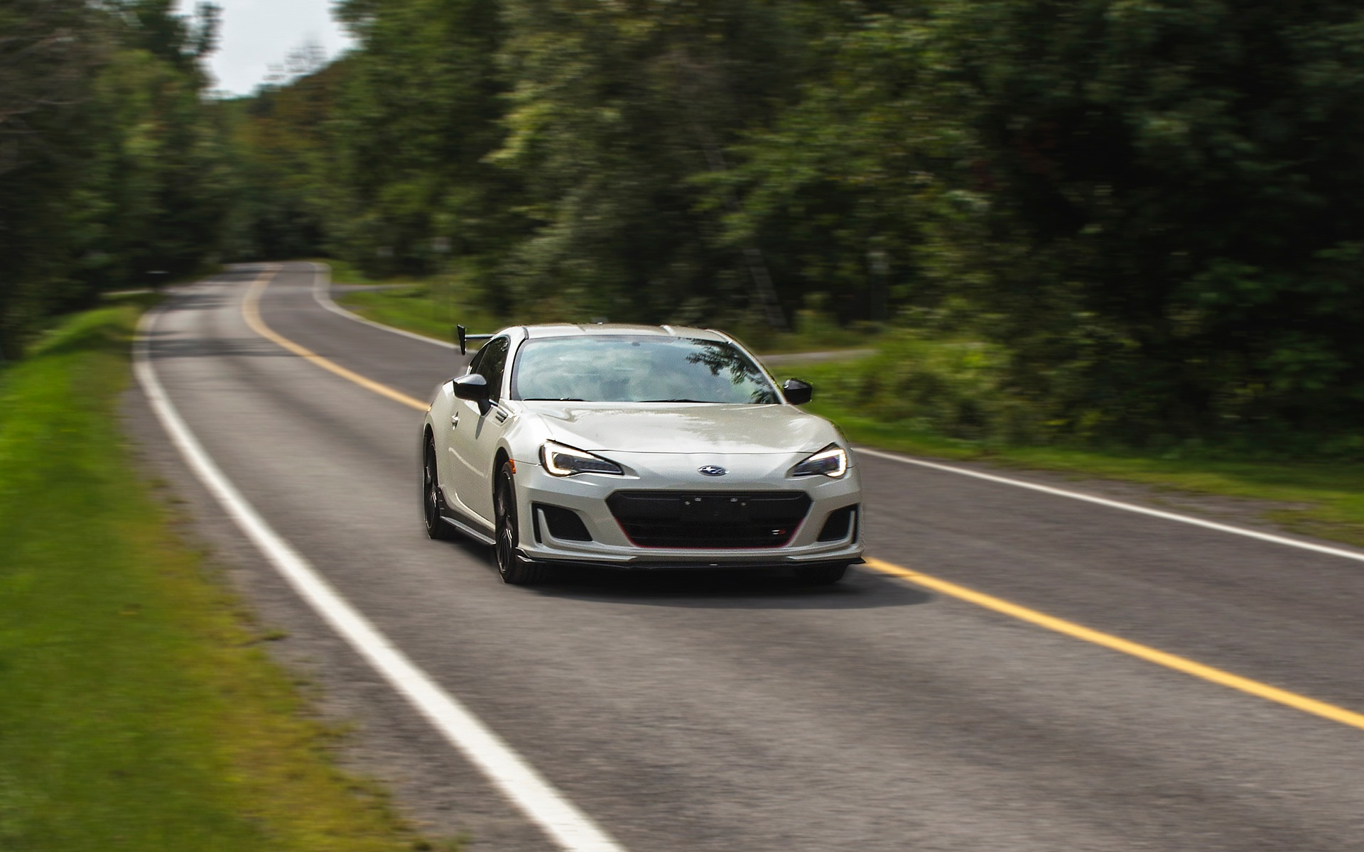 Subaru BRZ tS 2018 : OK, là, ça lui prend plus de puissance ! 347053_Subaru_BRZ_tS_2018_ok_la_ca_lui_prend_un_moteur