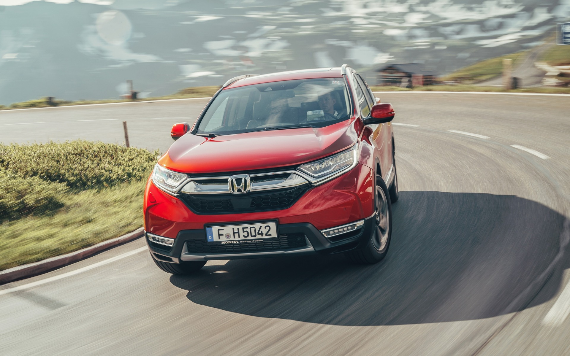 A Seven Passenger Honda Cr V Soon Available In Canada The Car Guide