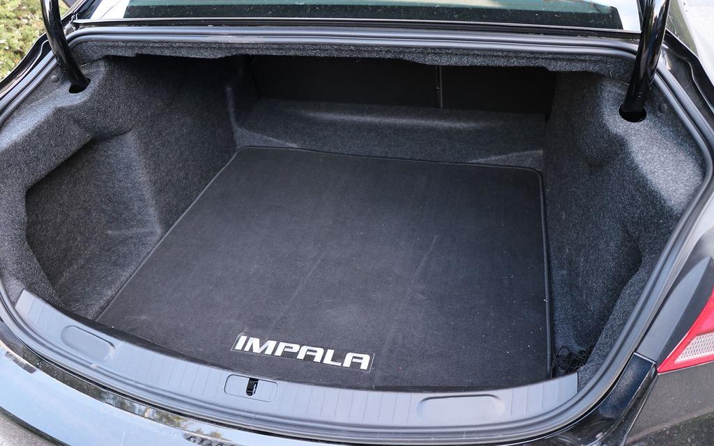 Chevrolet Impala 2018 : tranquille... 348616_Chevrolet_Impala_2018