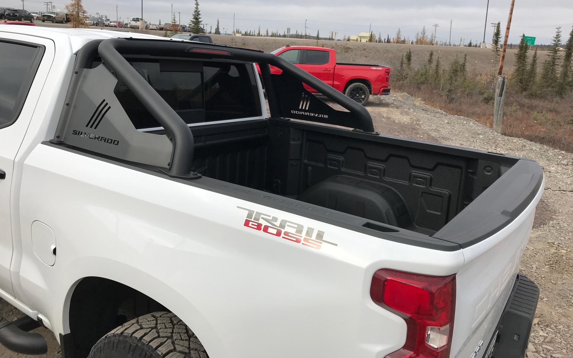 Chevrolet Silverado 2019 : fraîchement remanié pour battre Ford et Ram 348857_2019_Chevrolet_Silverado