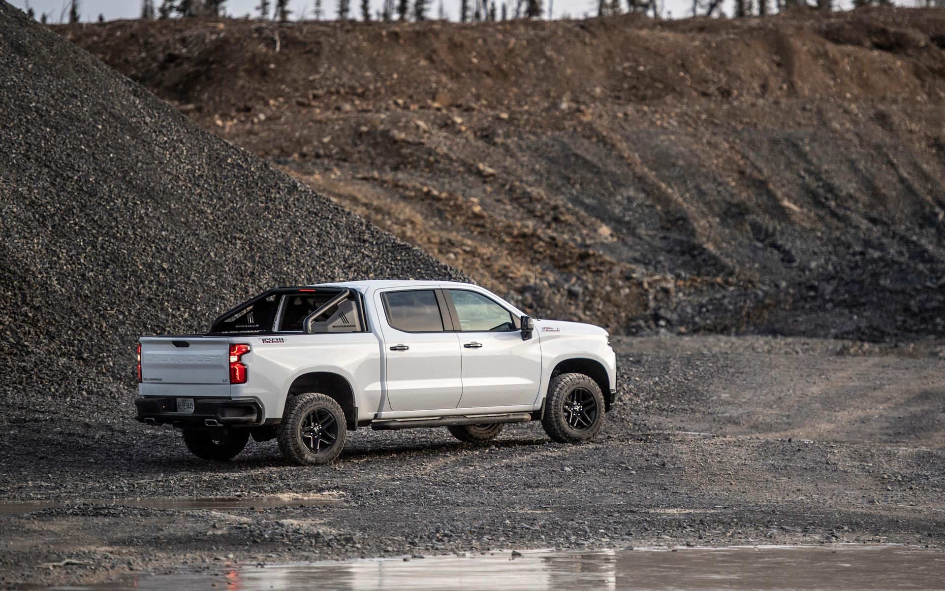 Chevrolet Silverado 2019 : fraîchement remanié pour battre Ford et Ram 349031_2019_Chevrolet_Silverado