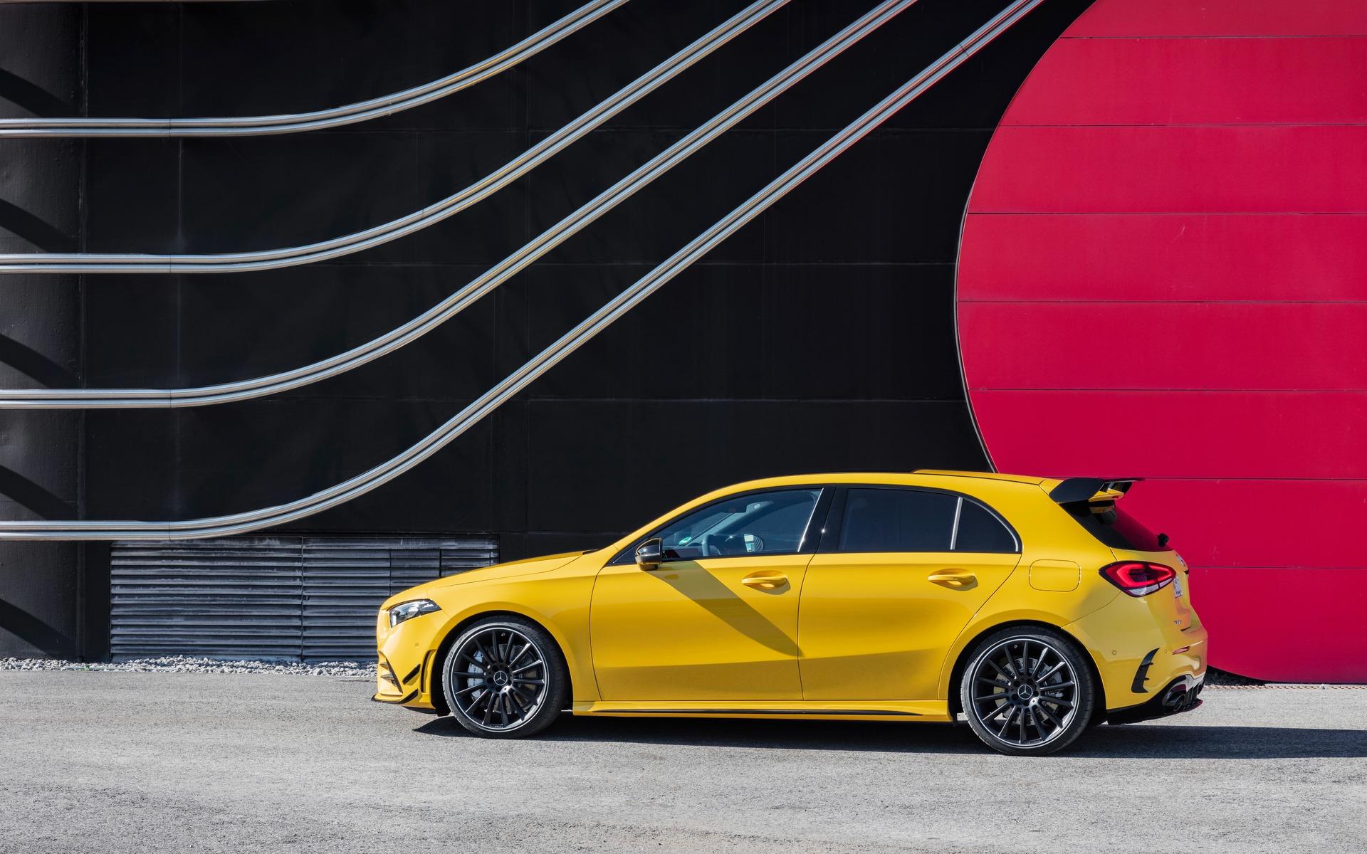 Confirmé : la Mercedes-AMG A 35 sera commercialisée au Canada! 349611_2019_Mercedes-Benz_A-Class