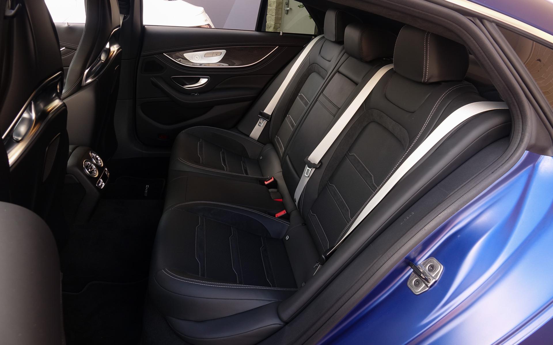 Mercedes-AMG GT coupé 4 portes 2019 : tous les angles bien couverts 349743_2019_Mercedes-Benz_AMG_GT