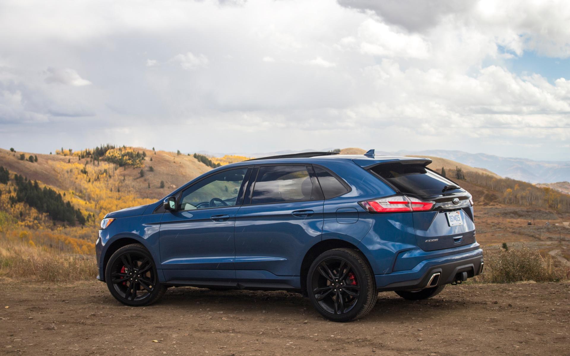 Ford Edge ST 2019 : nous en sommes rendus là 350504_Ford_Edge_ST_2019_quand_le_marketing_prend_la_releve