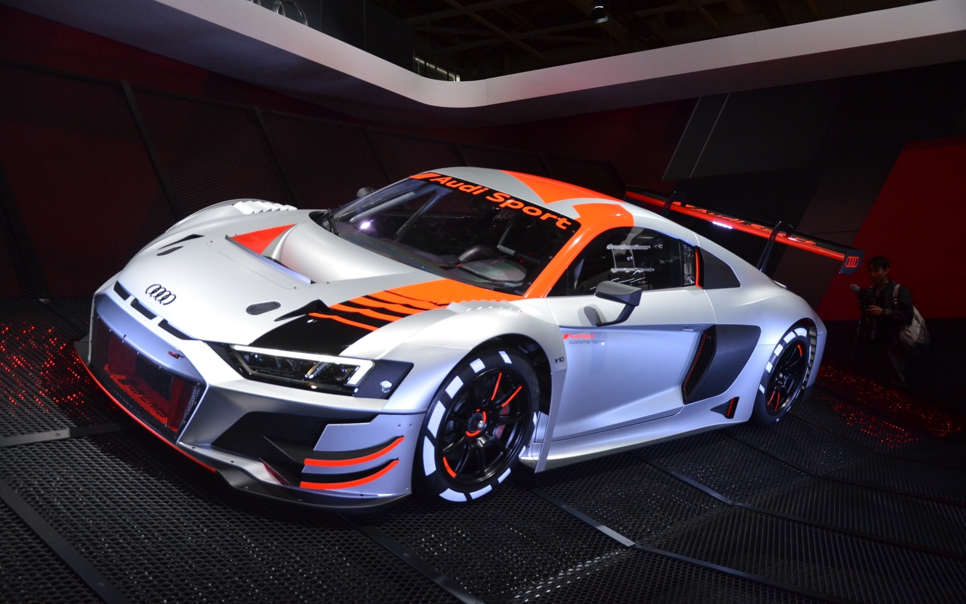 audi r8 lms gt3 cette voiture de course pr sage le nouveau look de la r8 guide auto. Black Bedroom Furniture Sets. Home Design Ideas