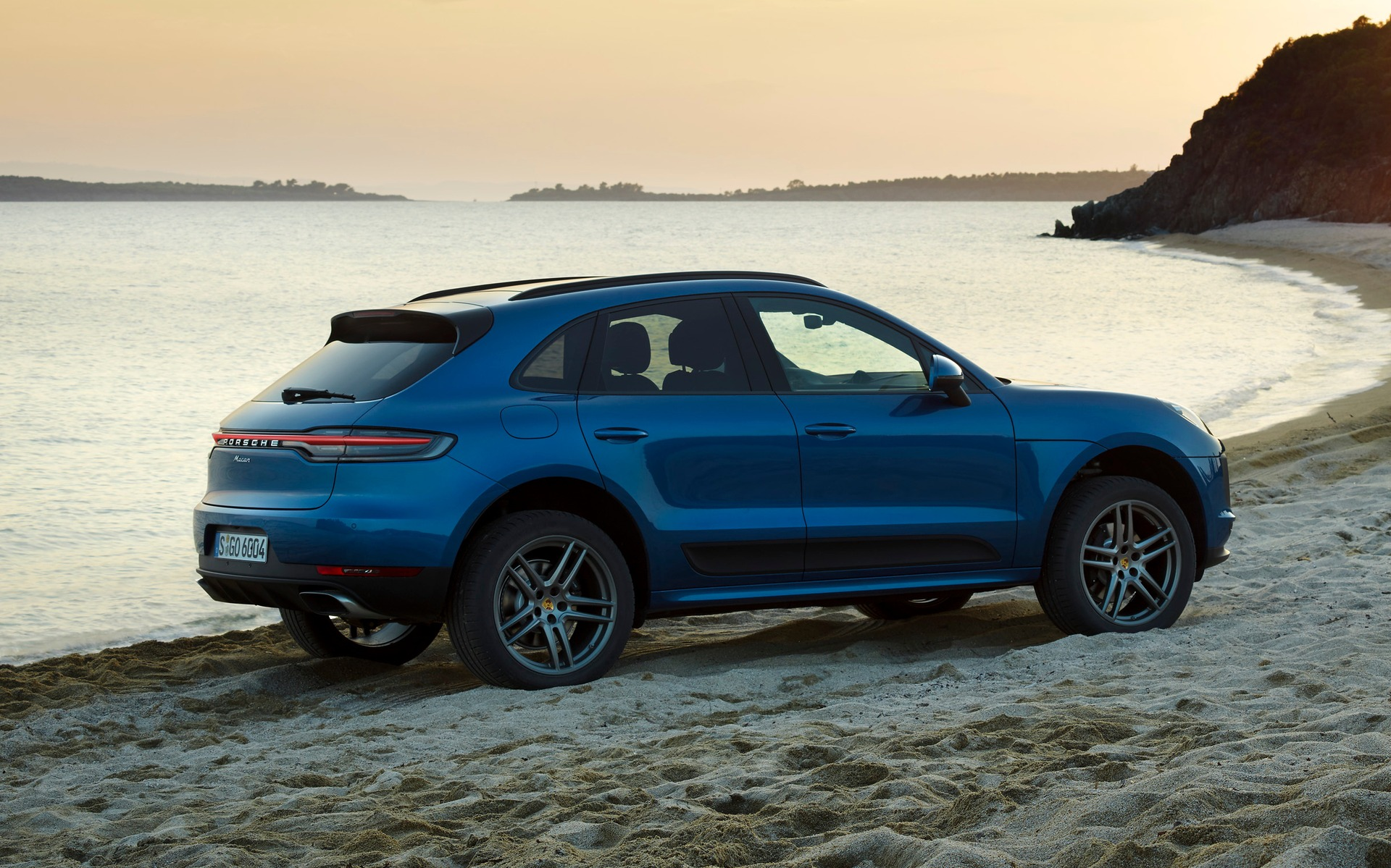 The 2019 Porsche Macan Gets A Refresh The Car Guide