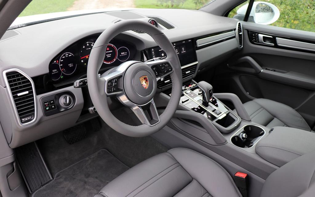 Porsche Cayenne 2019 : commencer par la base 350830_2019_Porsche_Cayenne