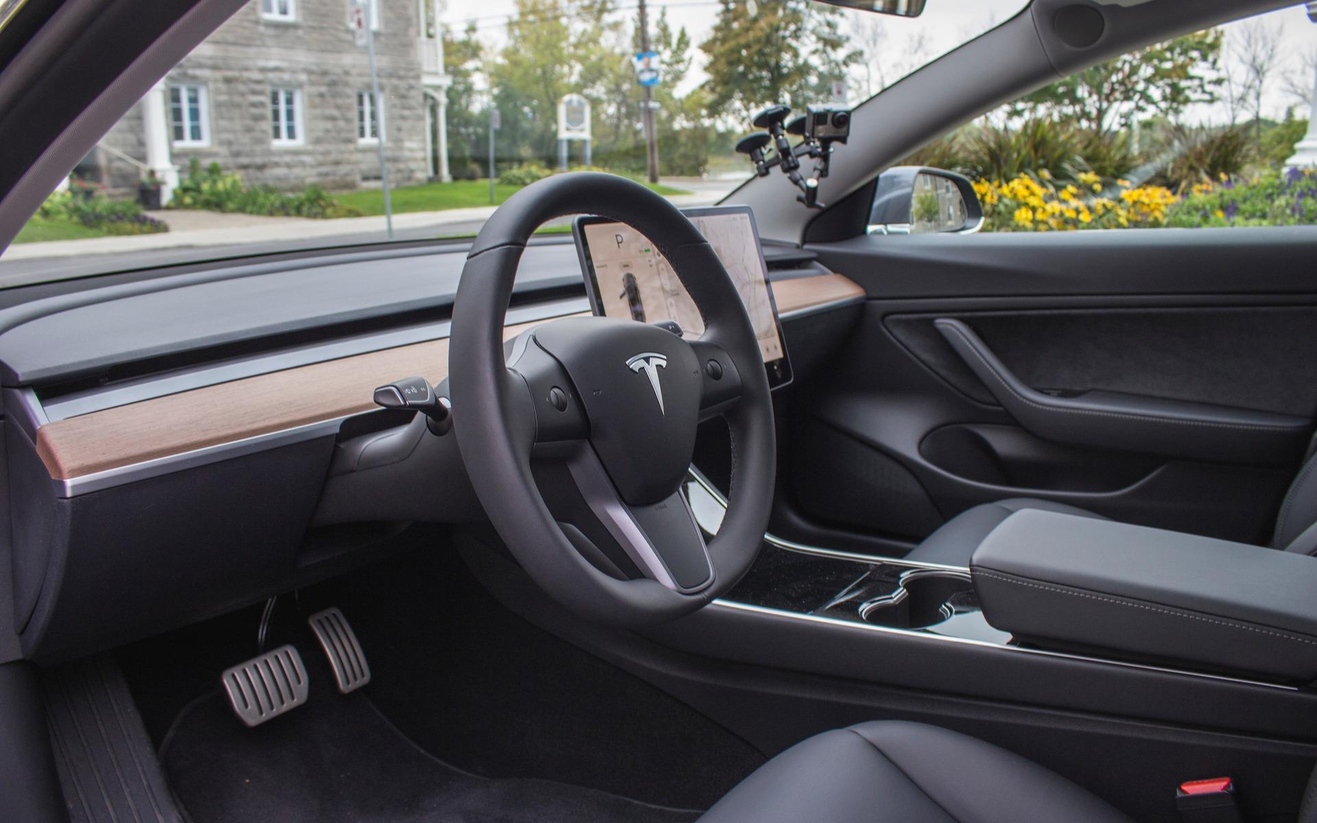 Tesla Model 3 Performance 2018 : doigt d'honneur vers une industrie entière 350884_2018_Tesla_Model_3