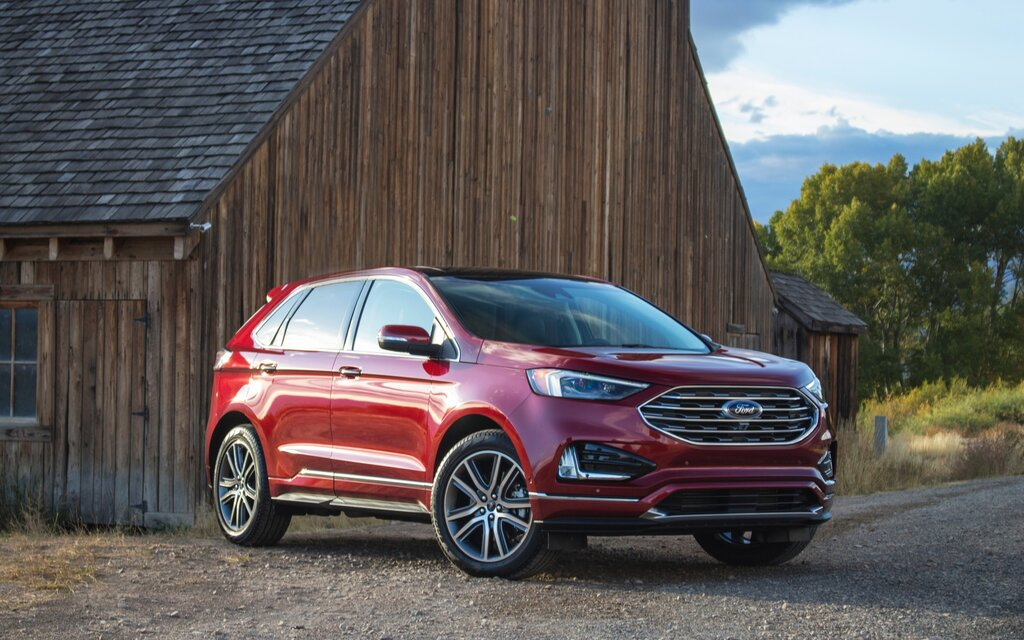2019 ford edge focusing on what pays well the car guide. Black Bedroom Furniture Sets. Home Design Ideas