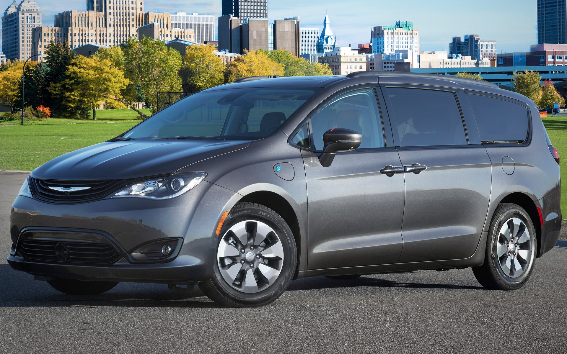 Chrysler Pacifica hybride 2019 : la familiale électrique 350965_2019_Chrysler_Pacifica