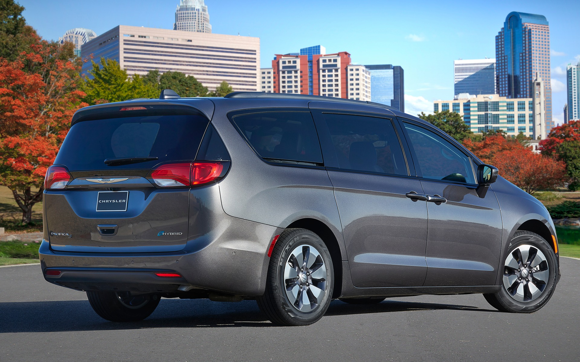 Chrysler Pacifica hybride 2019 : la familiale électrique 350966_2019_Chrysler_Pacifica