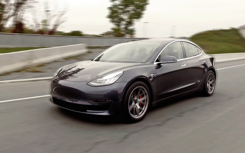 tesla model 3 performance 2018 doigt d honneur vers une industrie enti re guide auto. Black Bedroom Furniture Sets. Home Design Ideas