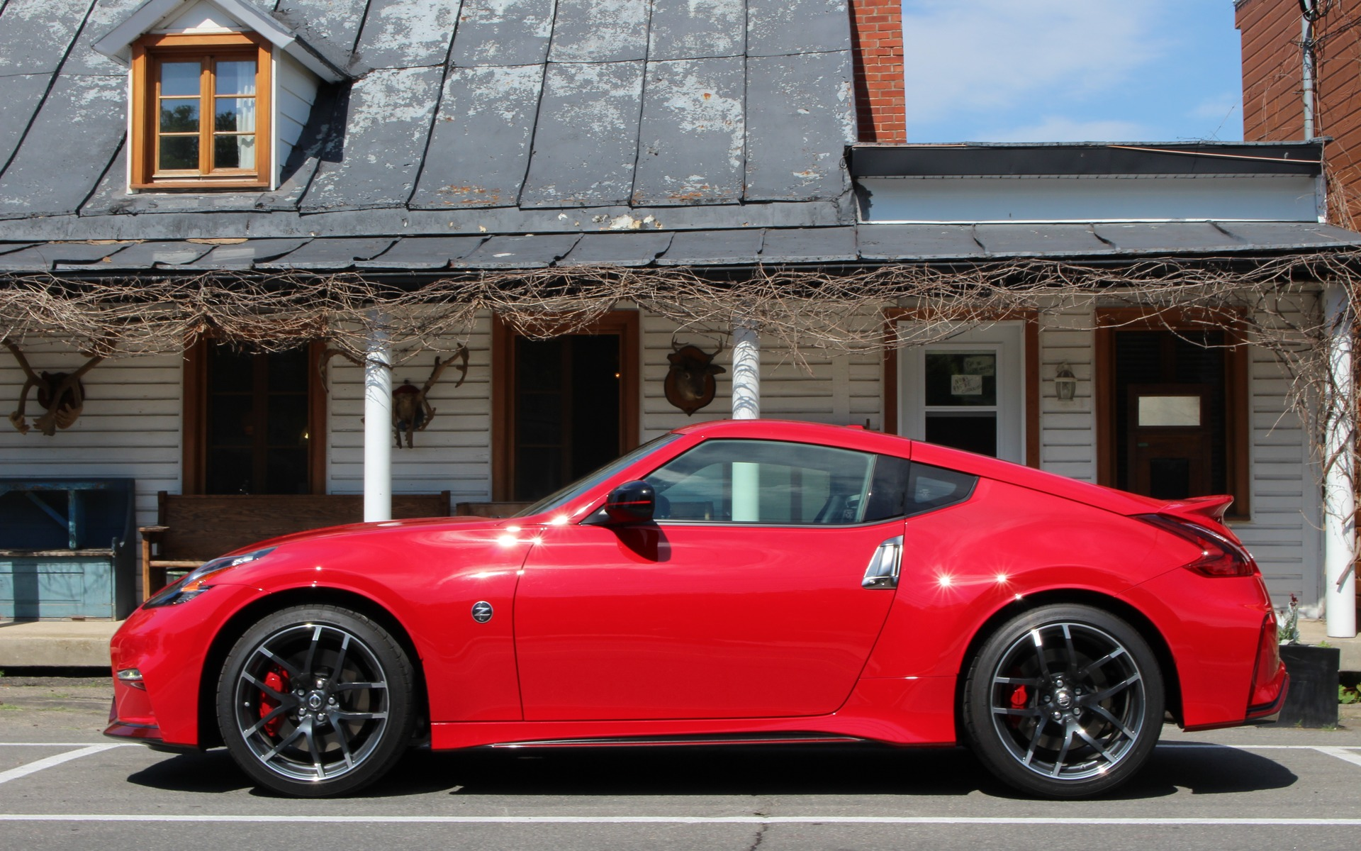 2019 Nissan 370Z NISMO: Endangered Species - The Car Guide