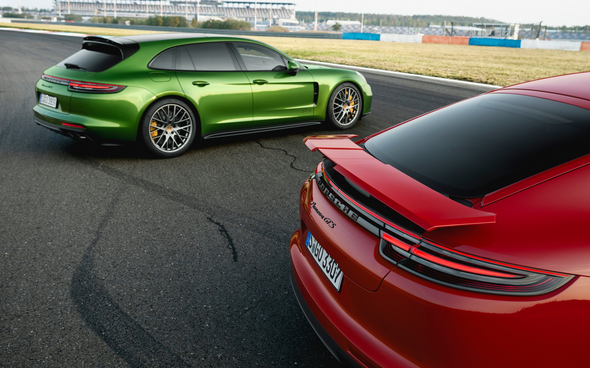 2019 Porsche Panamera Turbo, GTS, Price, And Redesign >> Porsche Launches The Panamera Gts The Car Guide