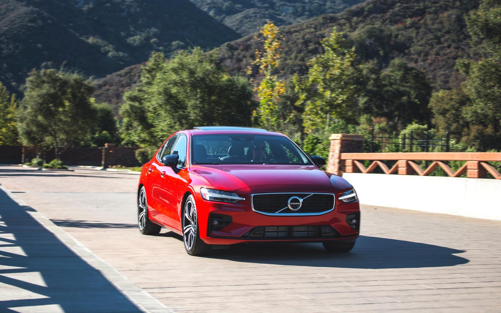 Volvo Sports Car >> 2019 Volvo S60 And V60 Scandinavian Sport The Car Guide