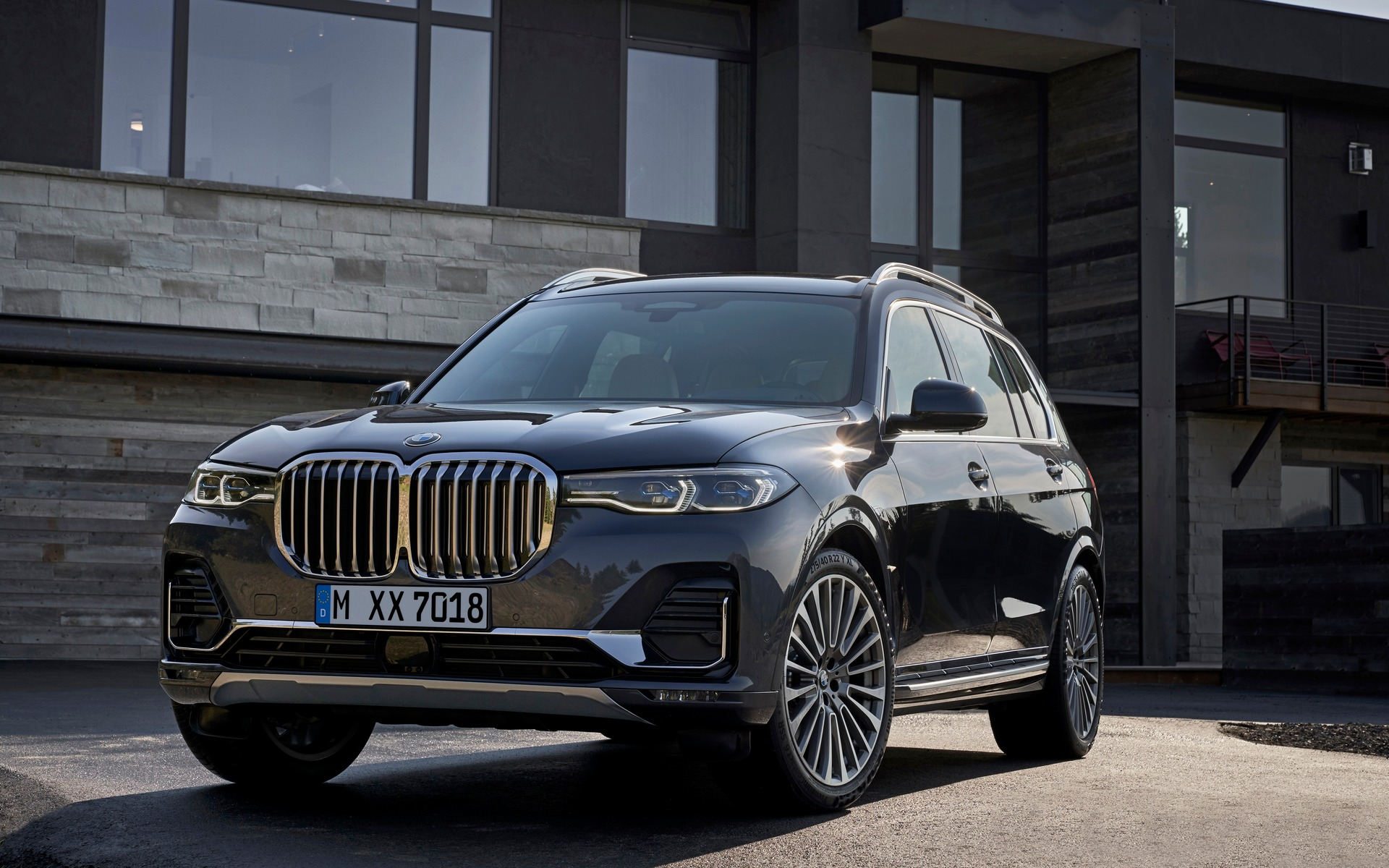 2019 Bmw X7 Officially Unveiled The Car Guide