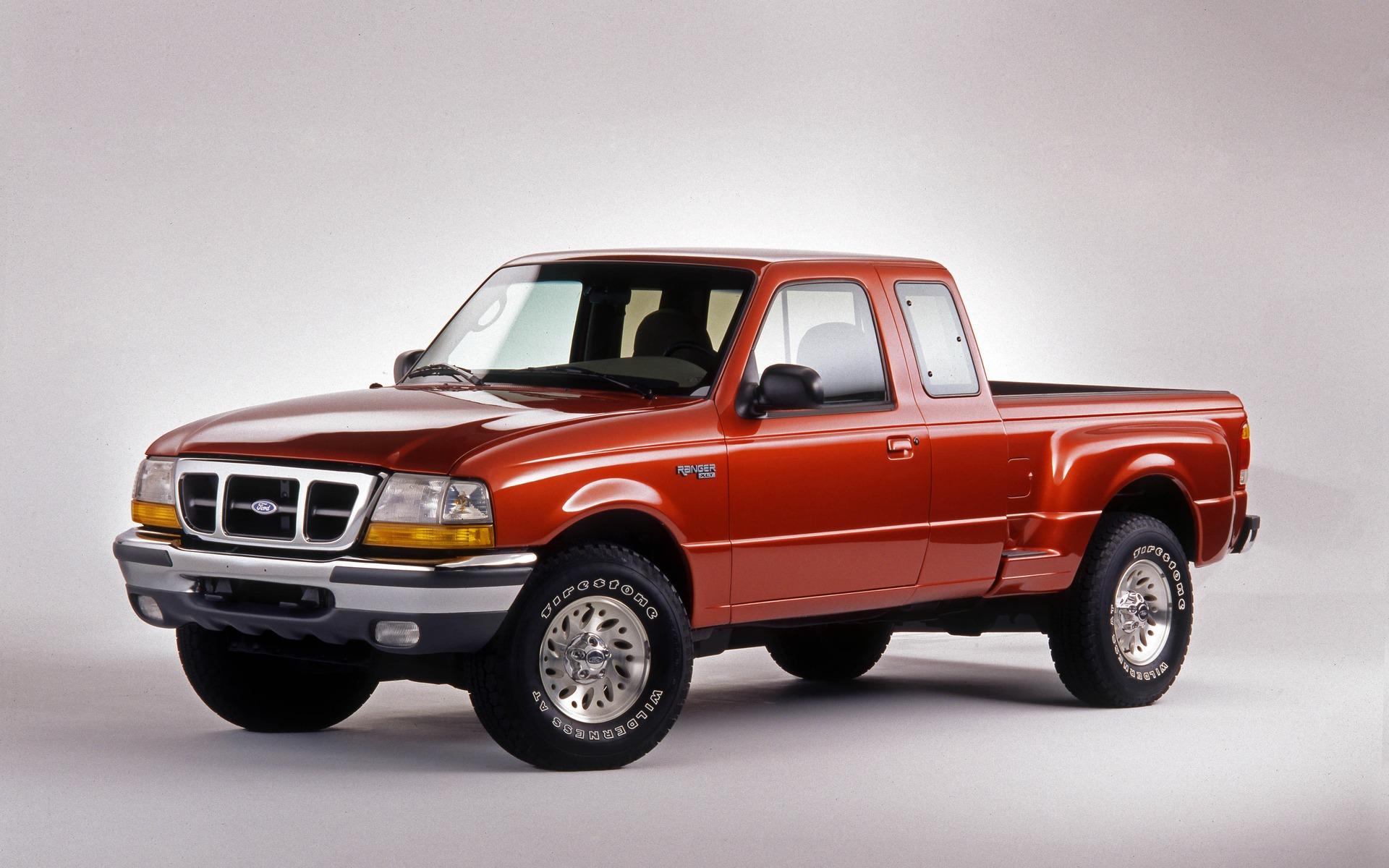 <p>Ford Ranger XLT 1998</p>