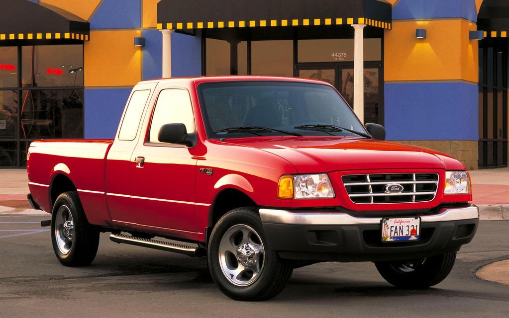 <p>Ford Ranger XLT 2003</p>
