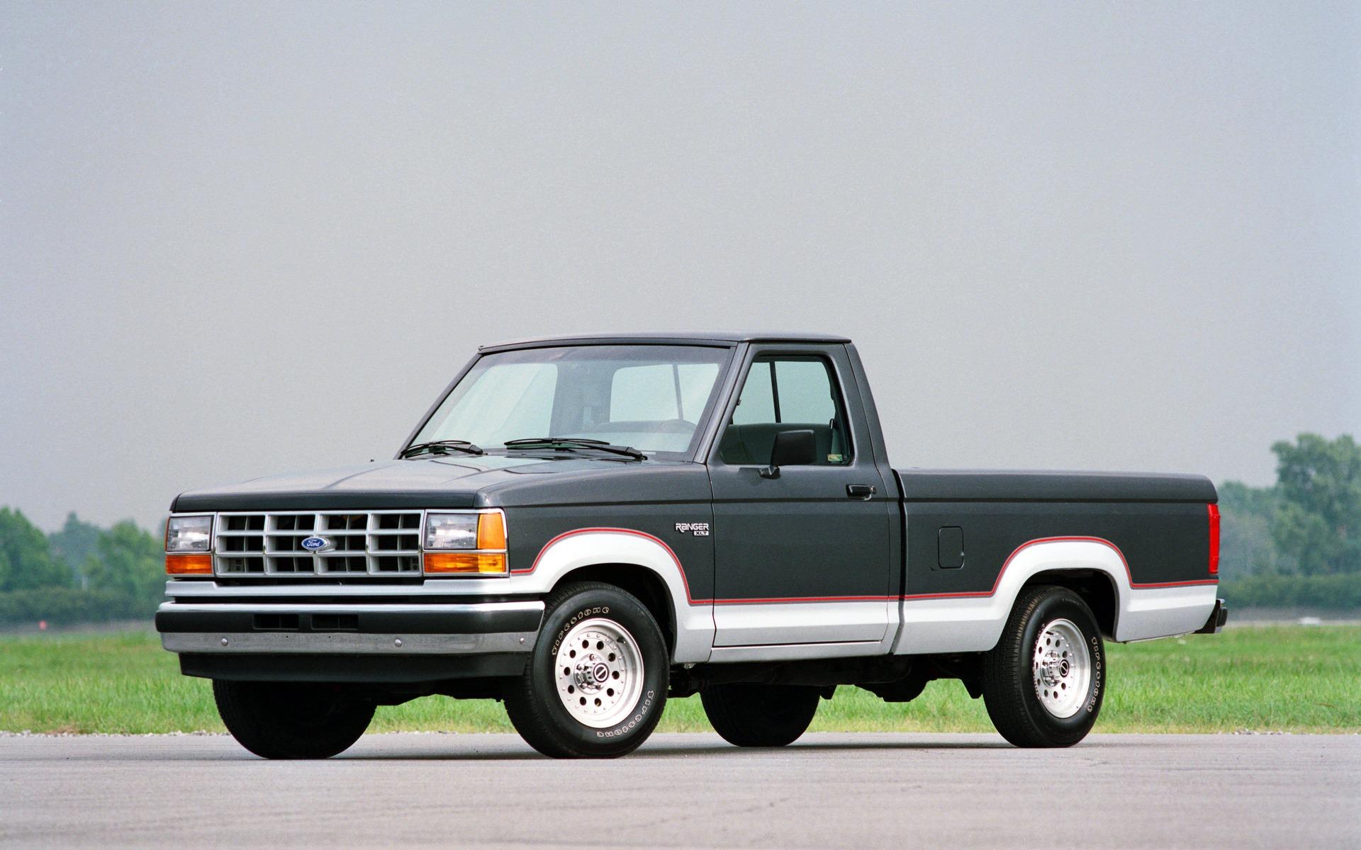<p>1990 Ford Ranger XLT</p>