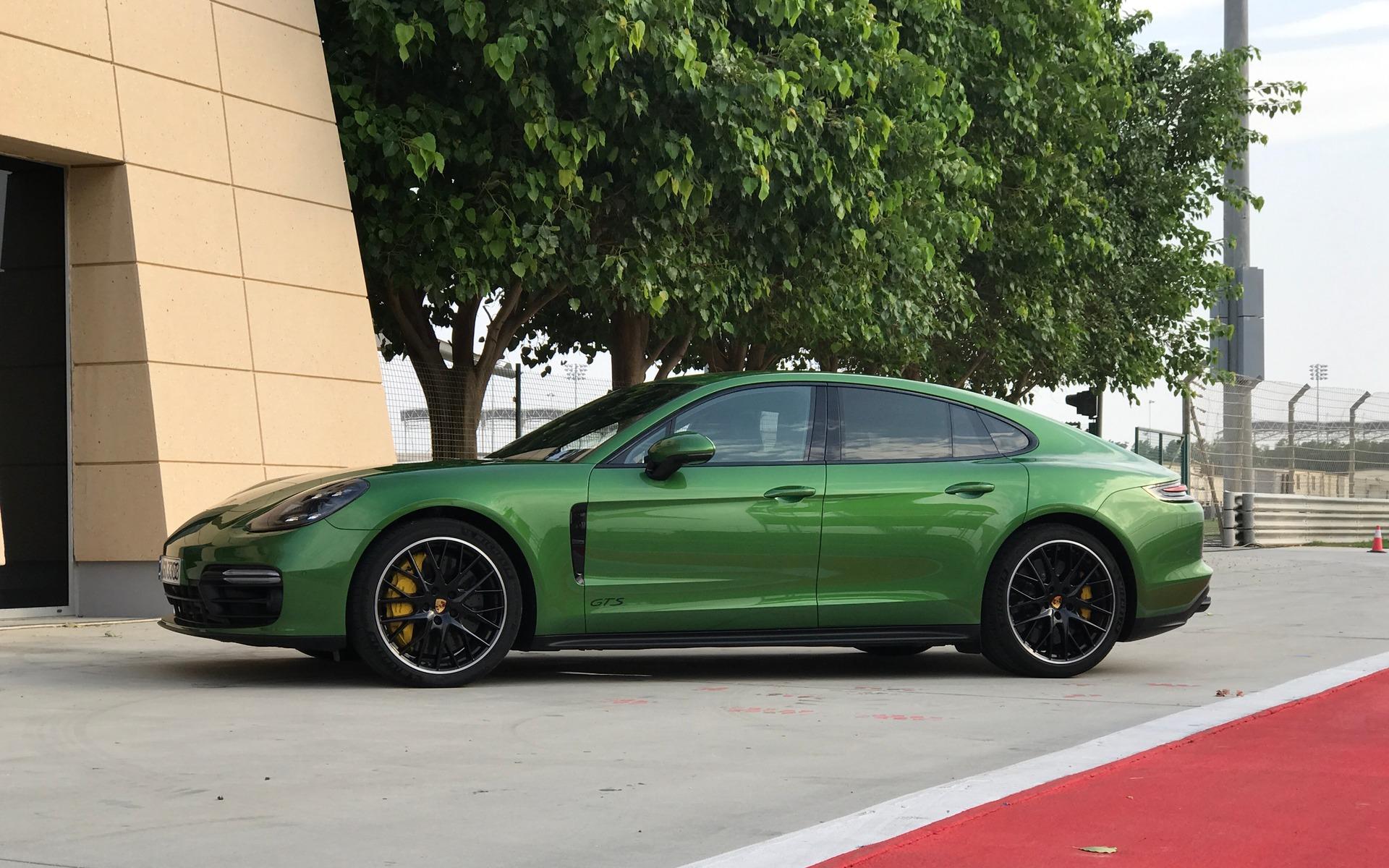 Porsche Panamera GTS 2019 : l'ADN d'une sportive, le luxe en prime 353514_2019_Porsche_Panamera