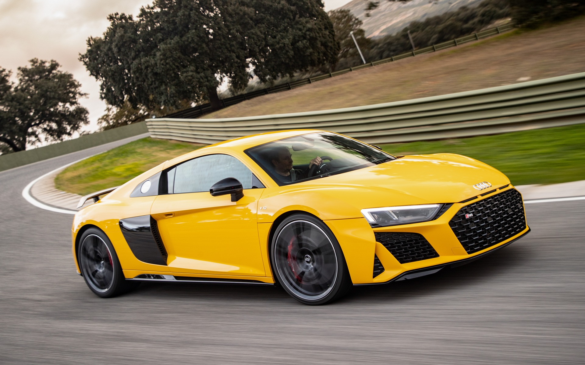 Audi R8 V10 performance quattro 2020 sur le circuit Ascari