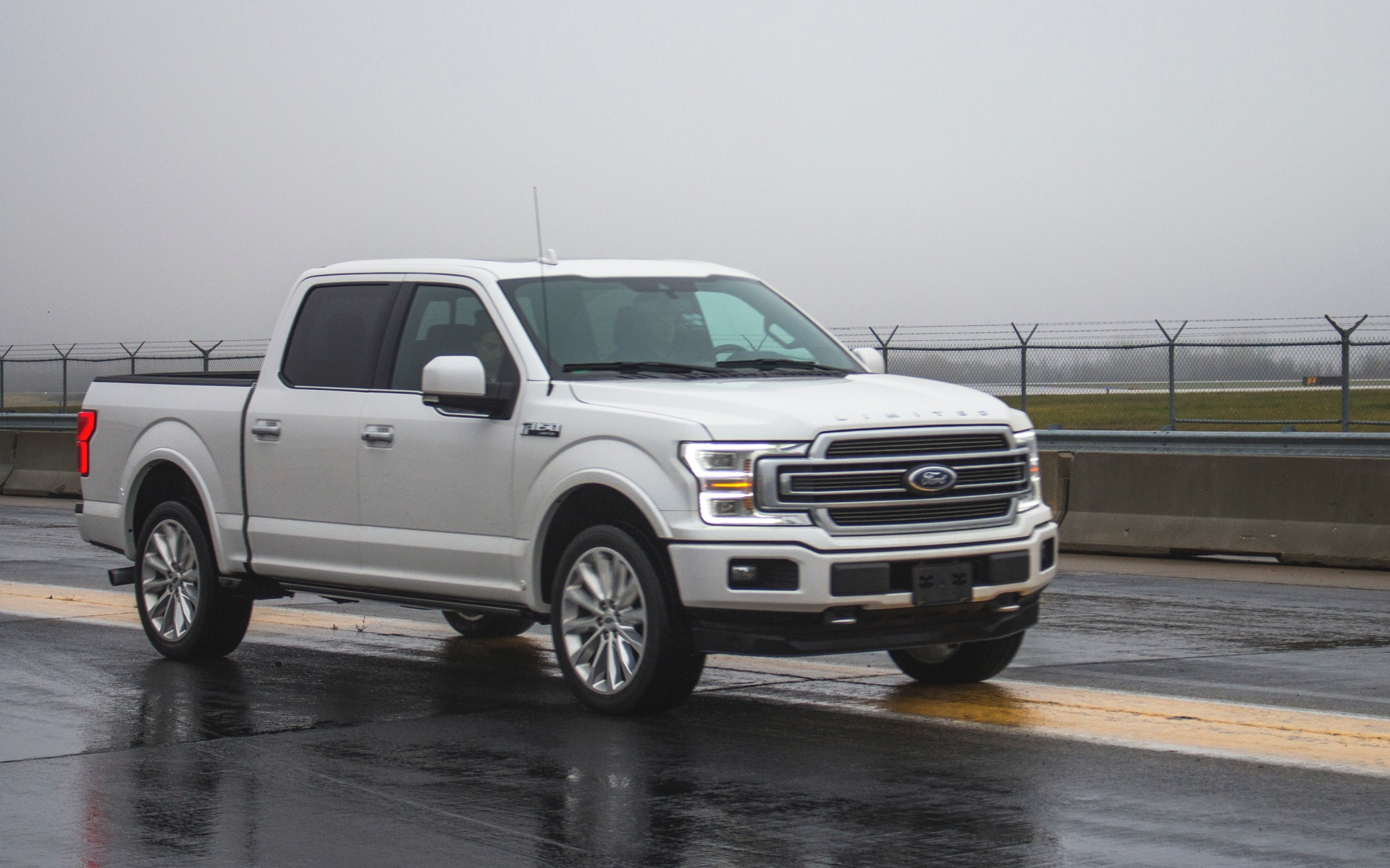 <p>Ford F-150 Limited 2018</p>