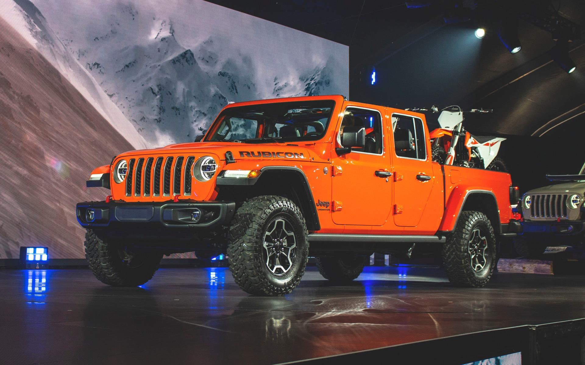 jeep gladiator colors  2019  2020 jeep