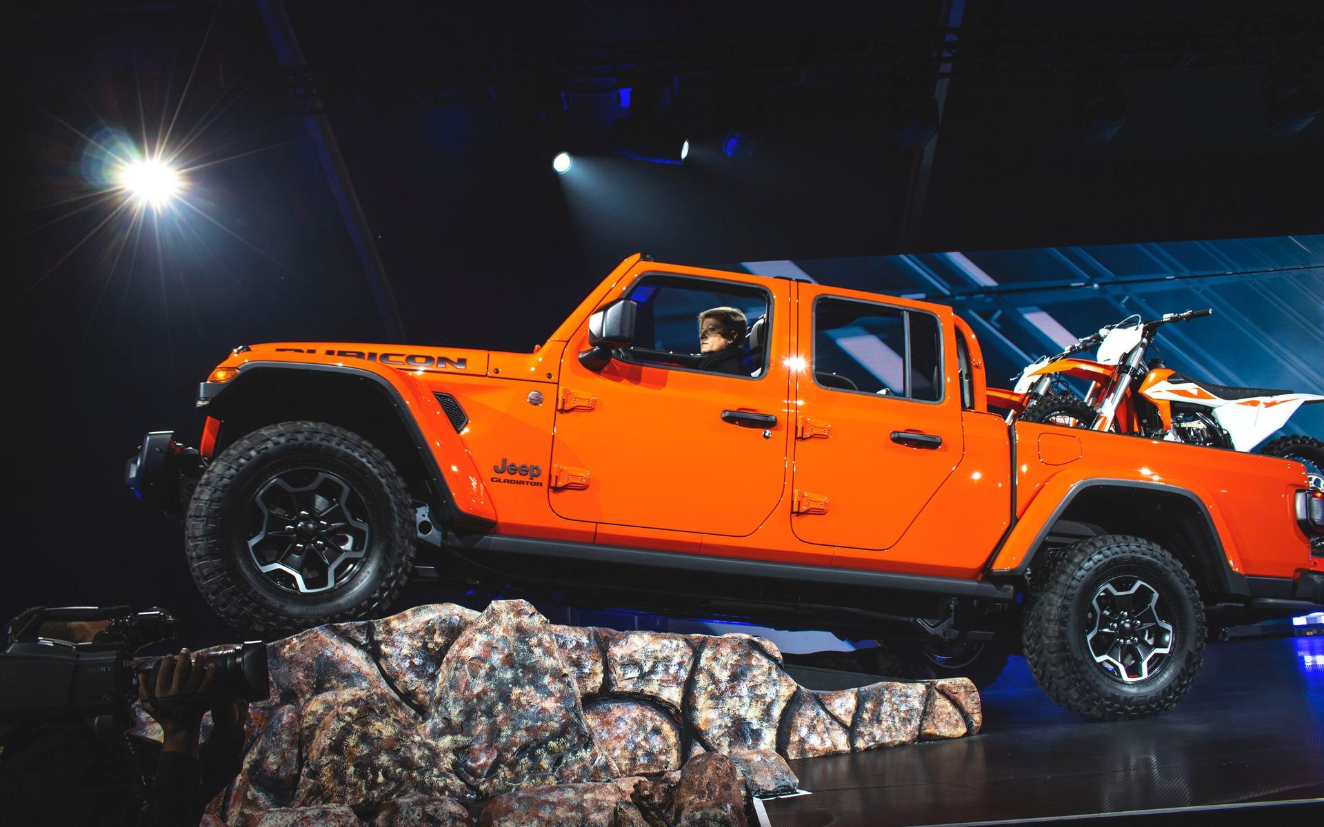 <p>Jeep Gladiator</p>