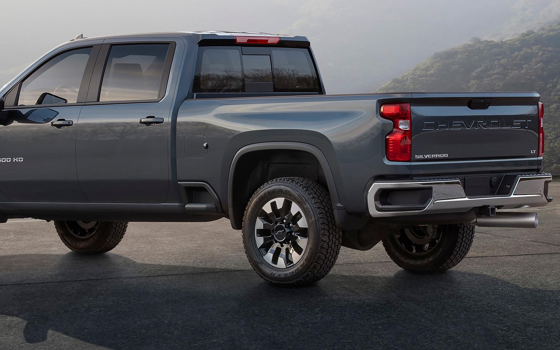 Le Chevrolet Silverado HD 2020 n'a pas l'air content 359485_Le_Chevrolet_Silverado_HD_2020_n_a_pas_l_air_content