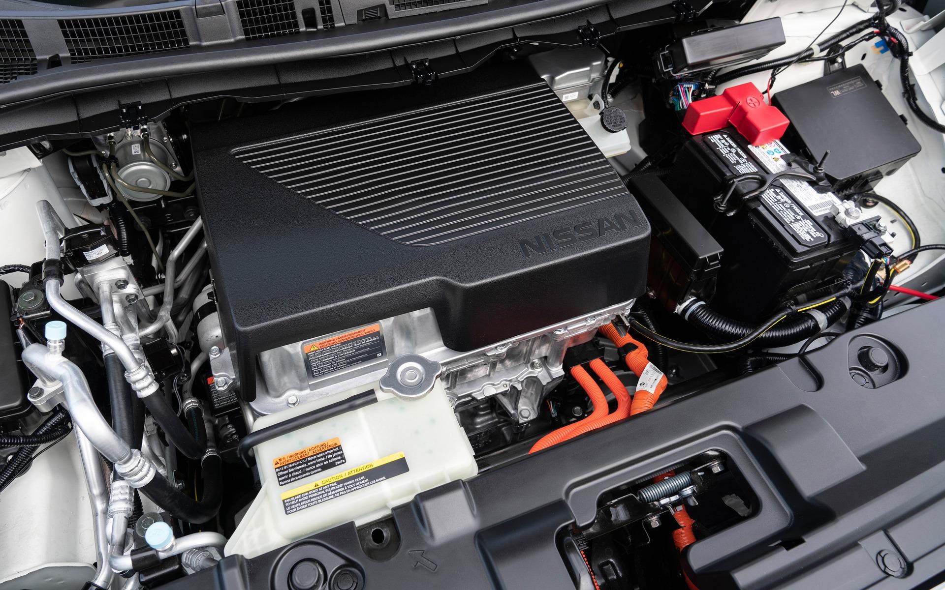 Nissan dévoile une LEAF PLUS à autonomie prolongée 362178_2019_Nissan_LEAF