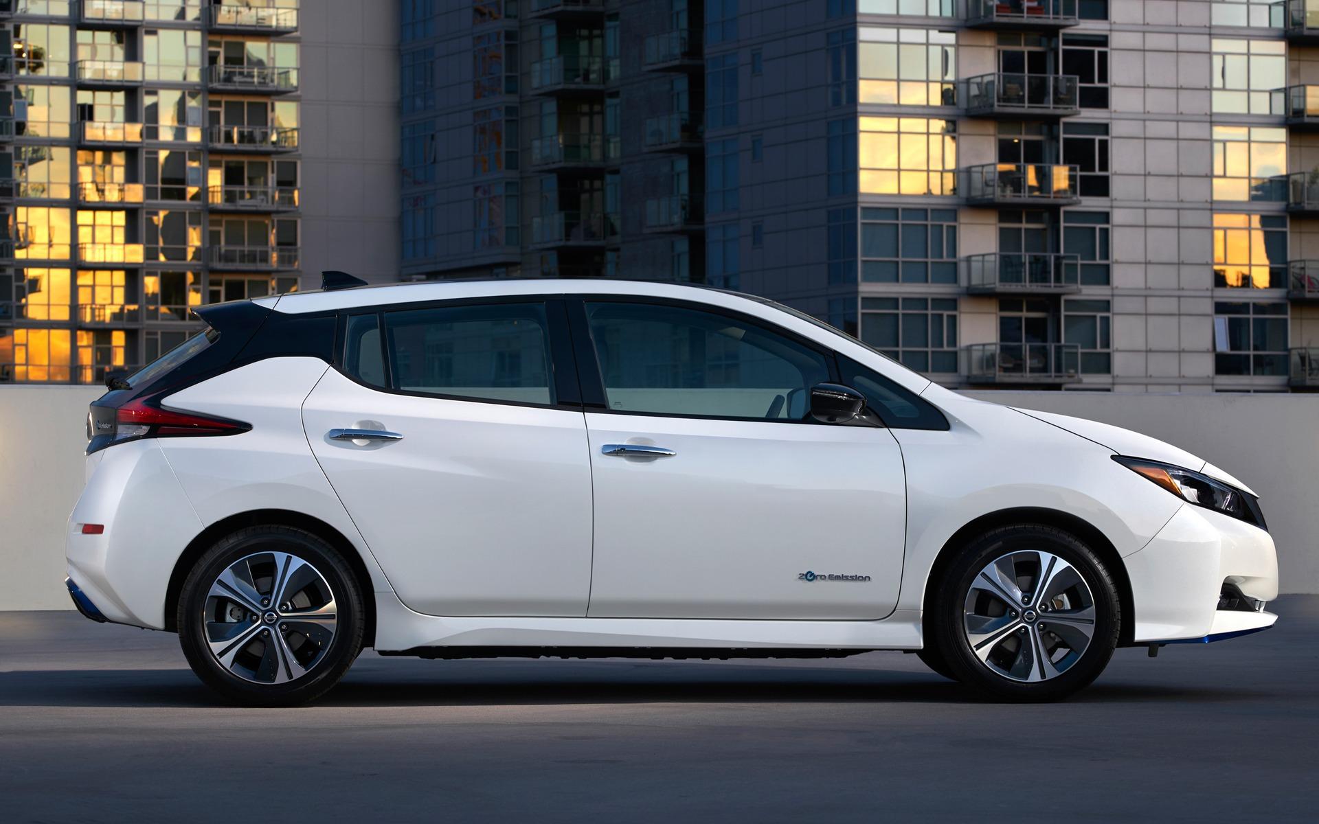 Nissan dévoile une LEAF PLUS à autonomie prolongée 362193_2019_Nissan_LEAF